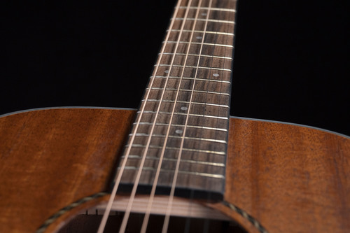 JMF BB27MHS-strings-dark background